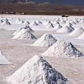 Salar Salt Stack (1)